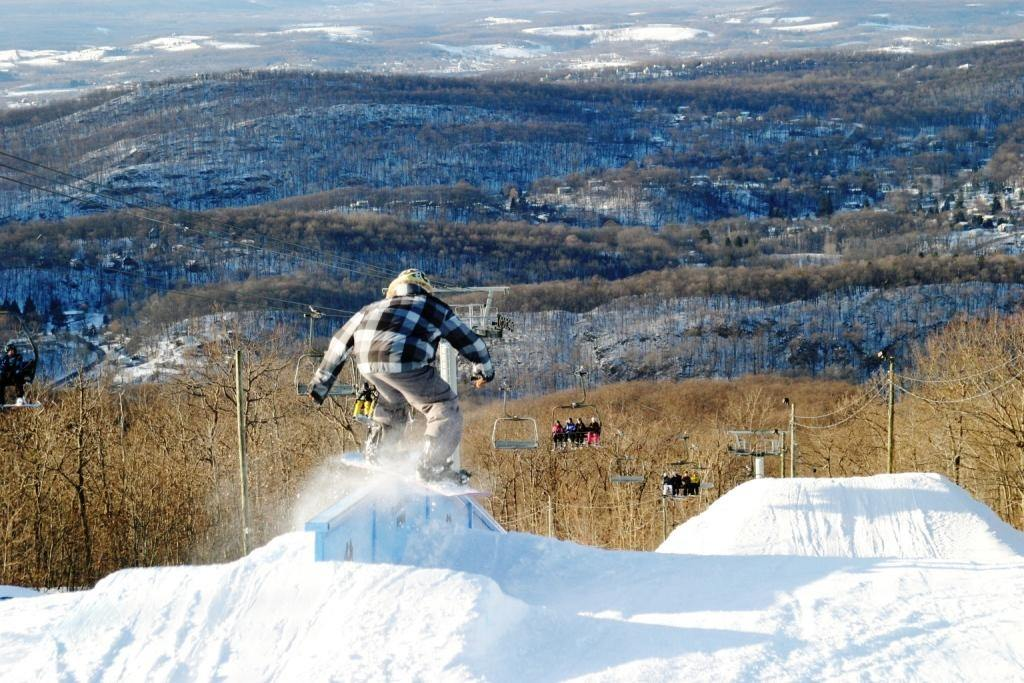 Jersey score: Real skiing just one hour from New York City | Well+Good