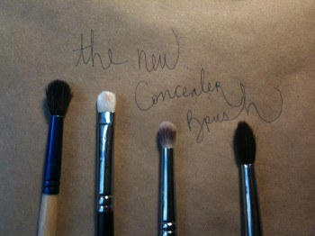 best under-eye concealer brushes
