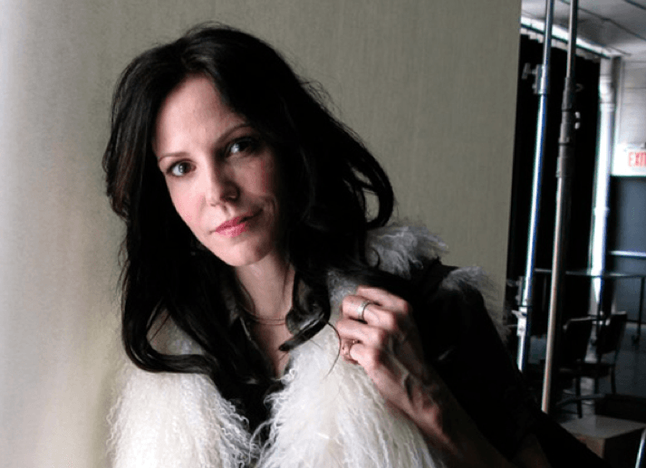 Mary Louise Parker Brazilian Blowout