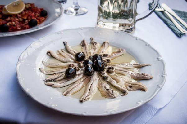 anchovies-happy-food