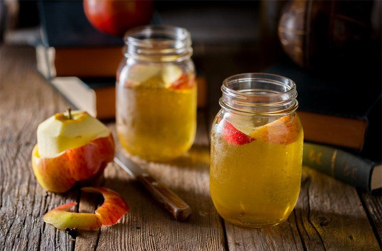 How to use apple cider vinegar: 10 healthy ways to use it