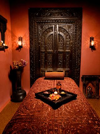 Massage rooms british indian sahara knite and latina babe oily tribbing - 2 4