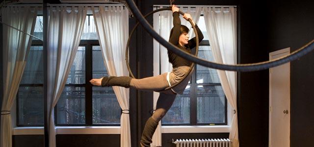aerial hoop Elaina Royter