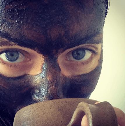MayLindstrommask