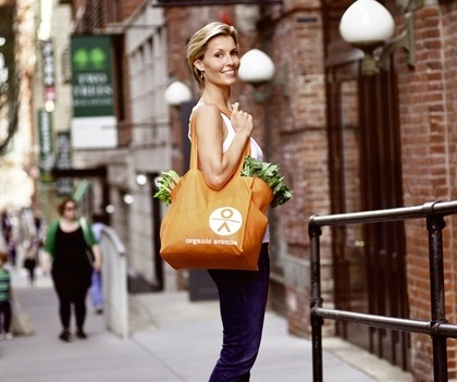 OrganicAvenue_GroceryShopping_080_REV1