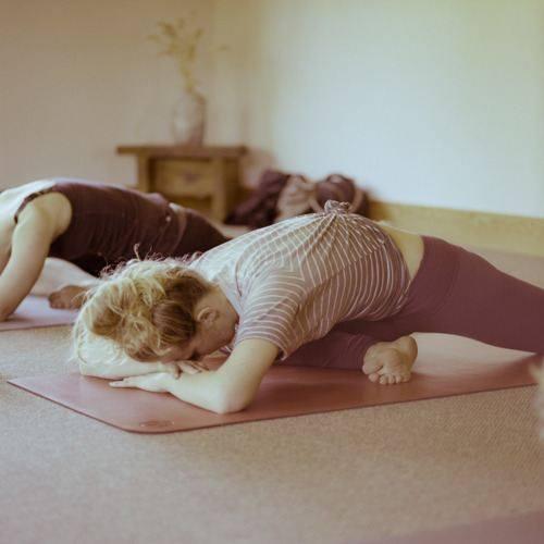 Yin-Yoga_pigeon_pose