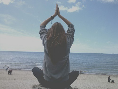 busy-women_meditation
