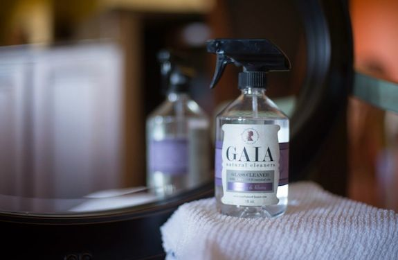Gaia Natural Cleaners_glass cleaner_non toxic