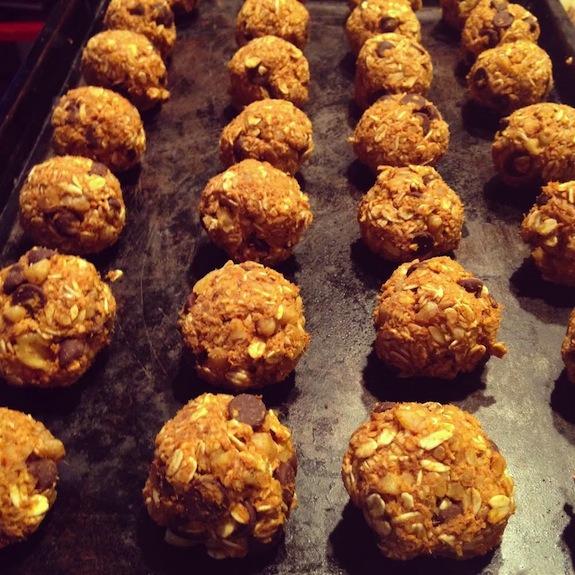 Vegan-Pumpkin-Balls-healthy-pumpkin-recipe