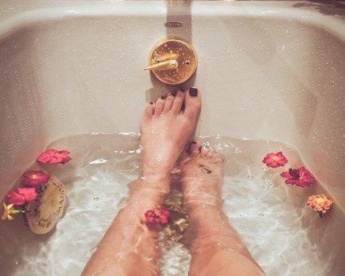 bath_legs
