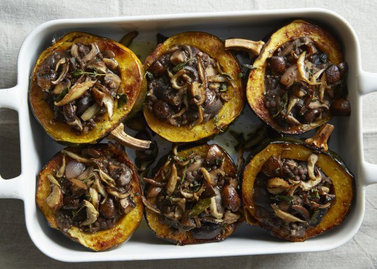healthy-thanksgiving-amy-chapin-acorn squash