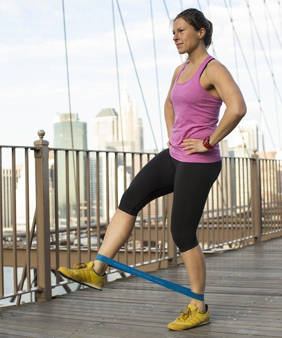 Exercise Bands Any Good: 9 Resistance Band Exercises You Can Do Anywhere