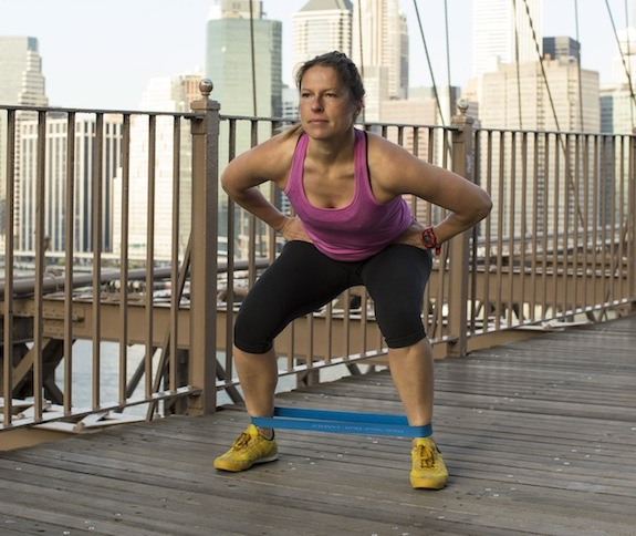 side-squats-with-resistance-ariane-hundt-resistance-band-workout