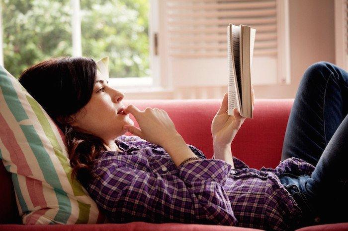 woman-reading-3-1024x682