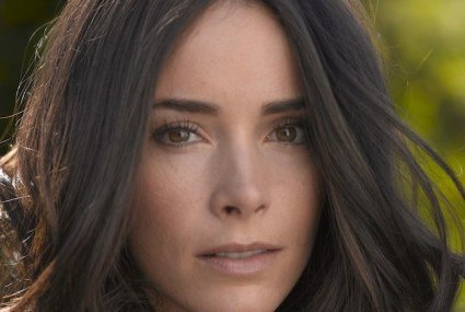 My Five Beauty Obsessions: Abigail Spencer