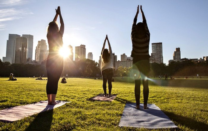 The Best Outdoor Yoga Classes In NYC 2015