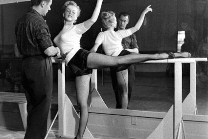 Barre babes: 5 vintage shots of celebrities pulsing and plie-ing
