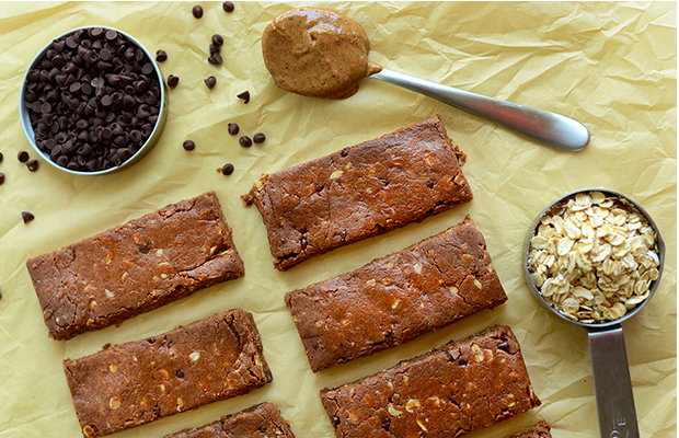 Chocolate chip protein bars