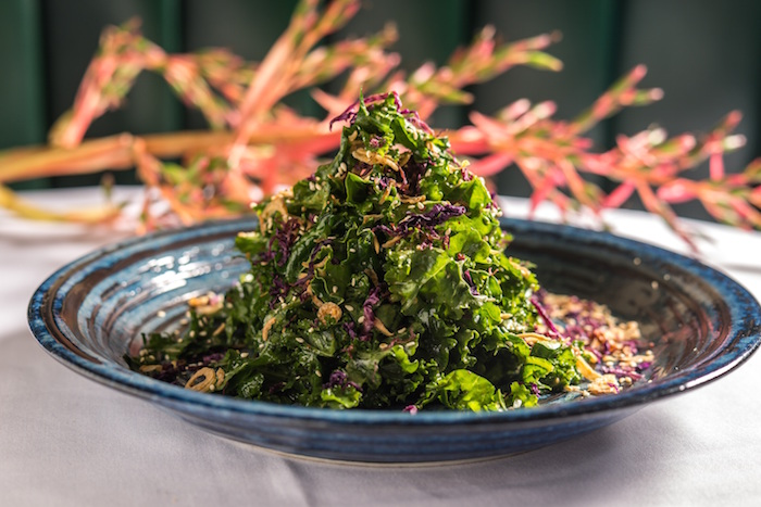 INDOCHINE kale salad