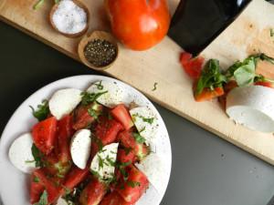 How to make the perfect Caprese salad, according to Eli Zabar