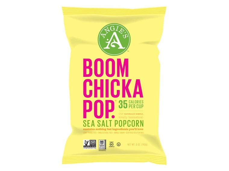 Thumbnail for 12 super clean packaged snacks with 5 (or less!) ingredients