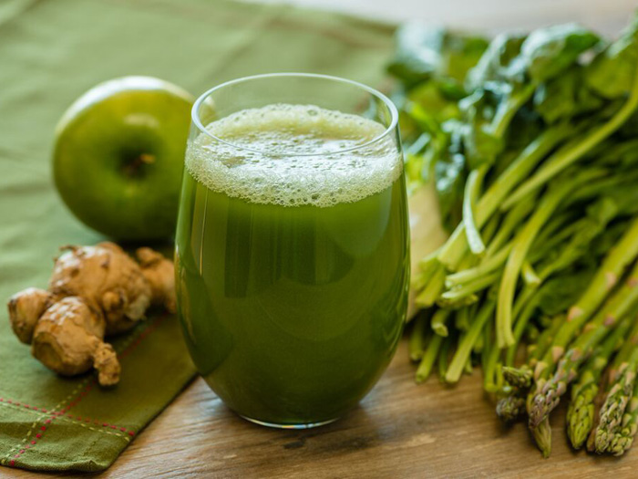 My Favorite Green Juice Recipe: Drew Canole of FitLife.tv
