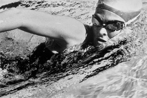 3 simple pool drills that will get you swimming like a triathlete