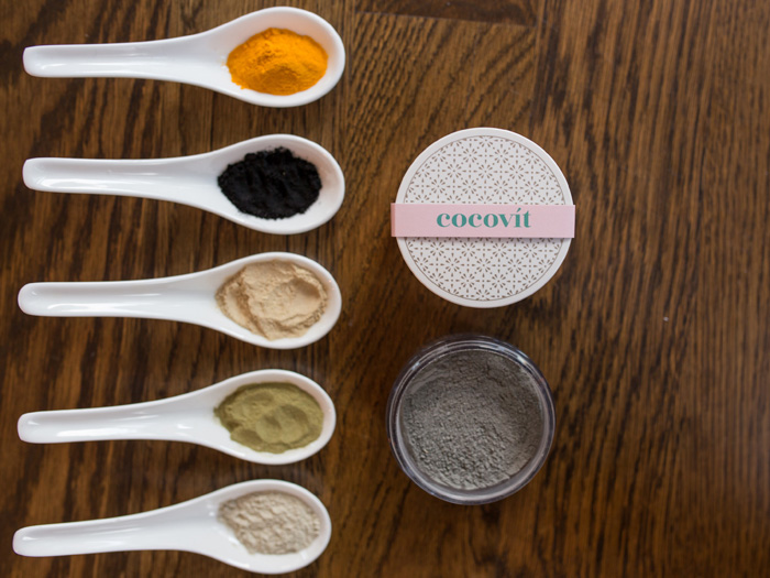 Cocovít charcoal face mask