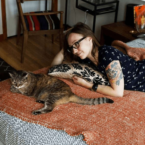 Girls and Cats 2