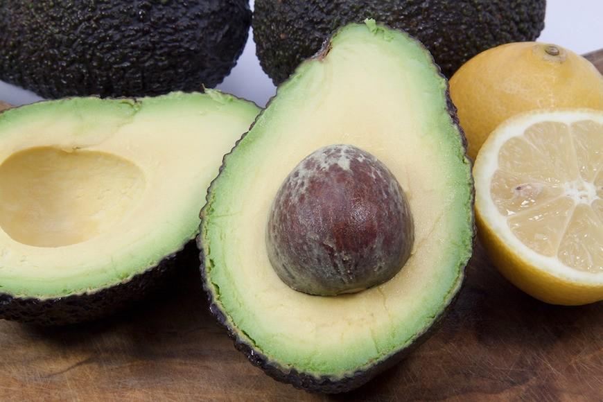storing avocados