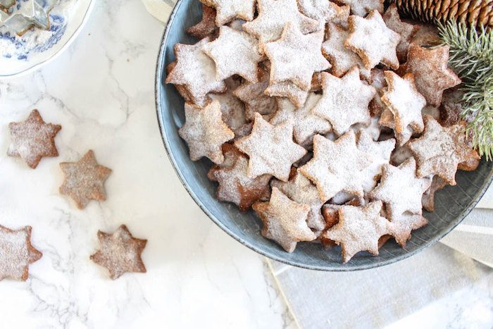 healthy-almond-and-cinnamon-stars