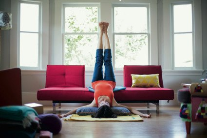 5 brilliant tips from top yogis on doing yoga at home