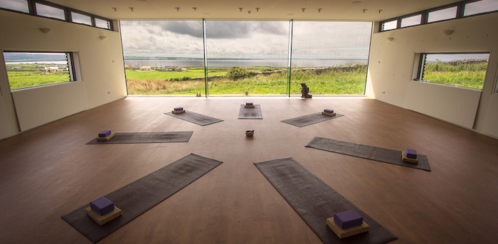 wellness_retreat_love_yoga
