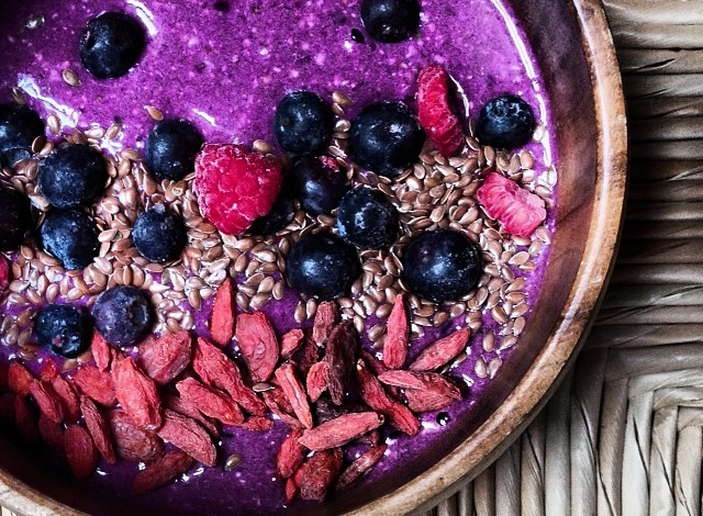 Thumbnail for Recipe: Chia Oat Pitaya Super-Bowl