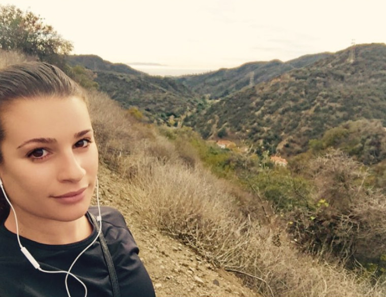 Lea_Michele_hiking_selfie
