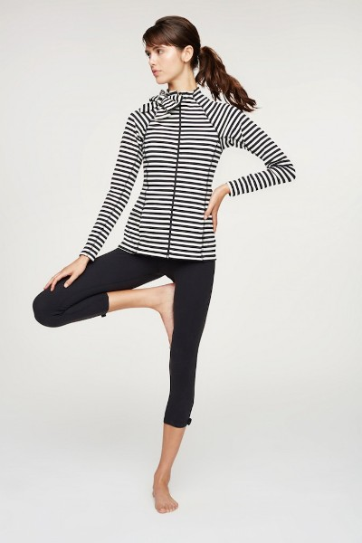 kate-spade-new-york-Beyond-Yoga-Image-3-683x1024