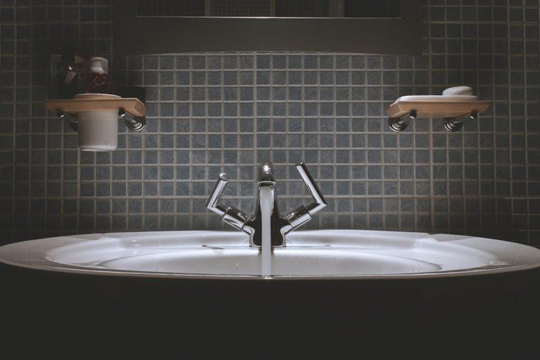 Marie Kondo bathroom organization