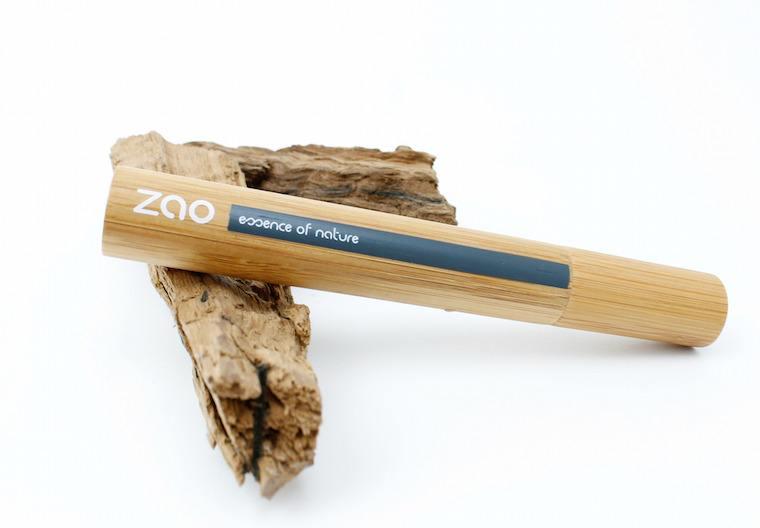 zao-mascara