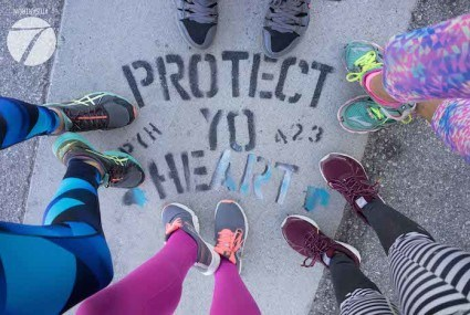 Why La's Coolest New Run Clubs Are Prioritizing Socializing (and Selfies)