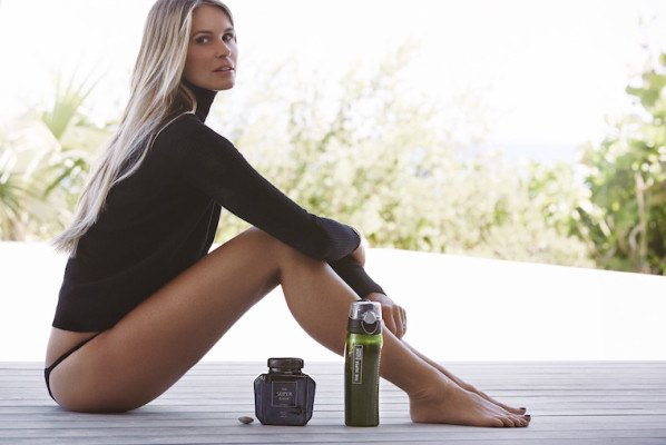 Elle Macpherson shares the energy issue that sidelined her—and the solution