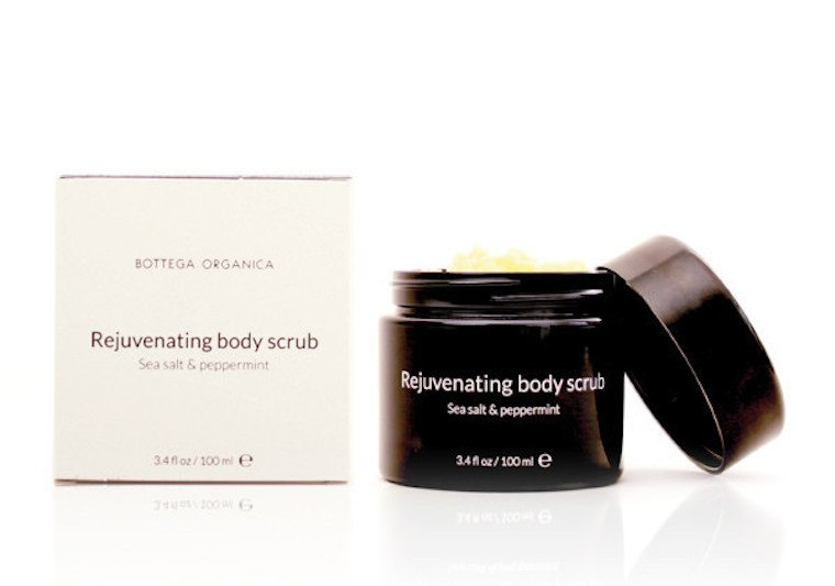 Bottega-Scrub-body-ians_lr_grande