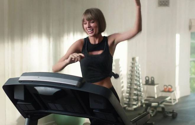 Thumbnail for That time that Taylor Swift face-planted on a treadmill