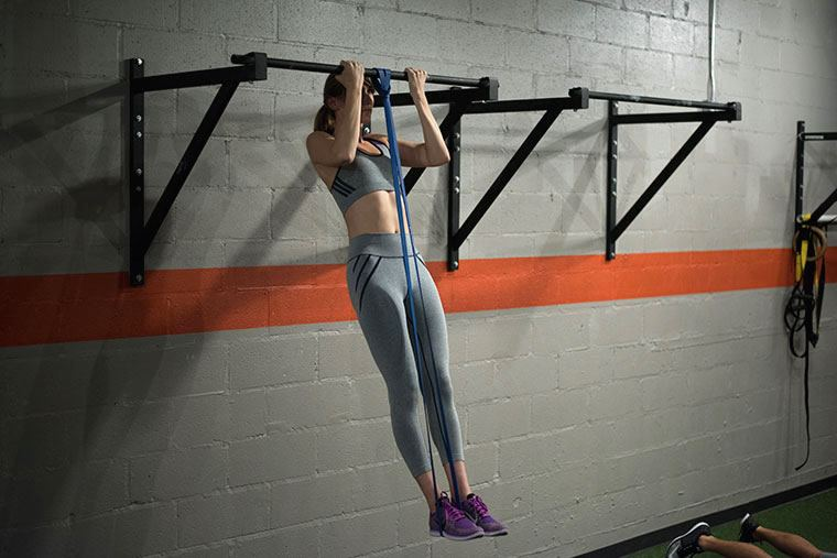 Thumbnail for 7 surprising tips to help you finally conquer the pull-up