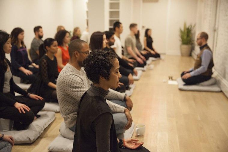 mndfl group meditation class