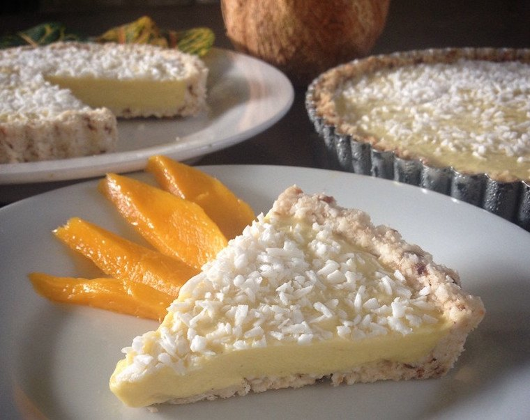 Mango-Coconut-Cream-Pie-e1458234426622