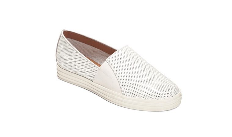 aerosoles-white-sneakers