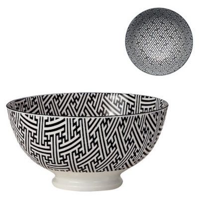 black-and-white-bowls