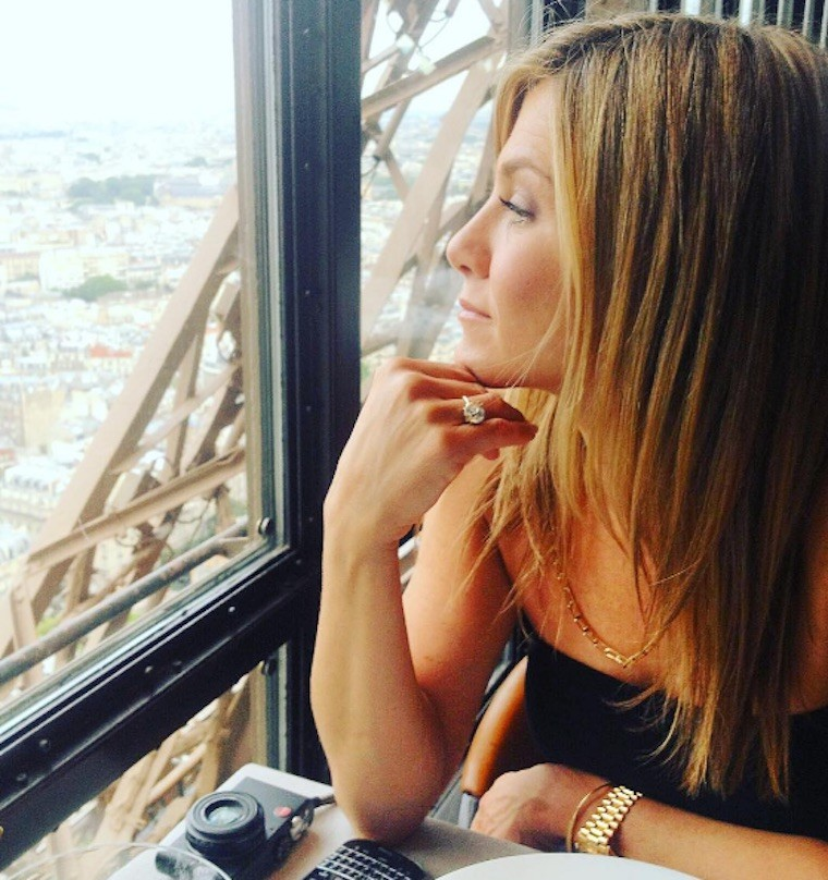 jennifer aniston meditating