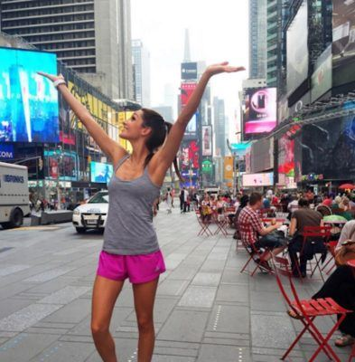 I worked out with Kayla Itsines IRL—along with thousands of screaming fans