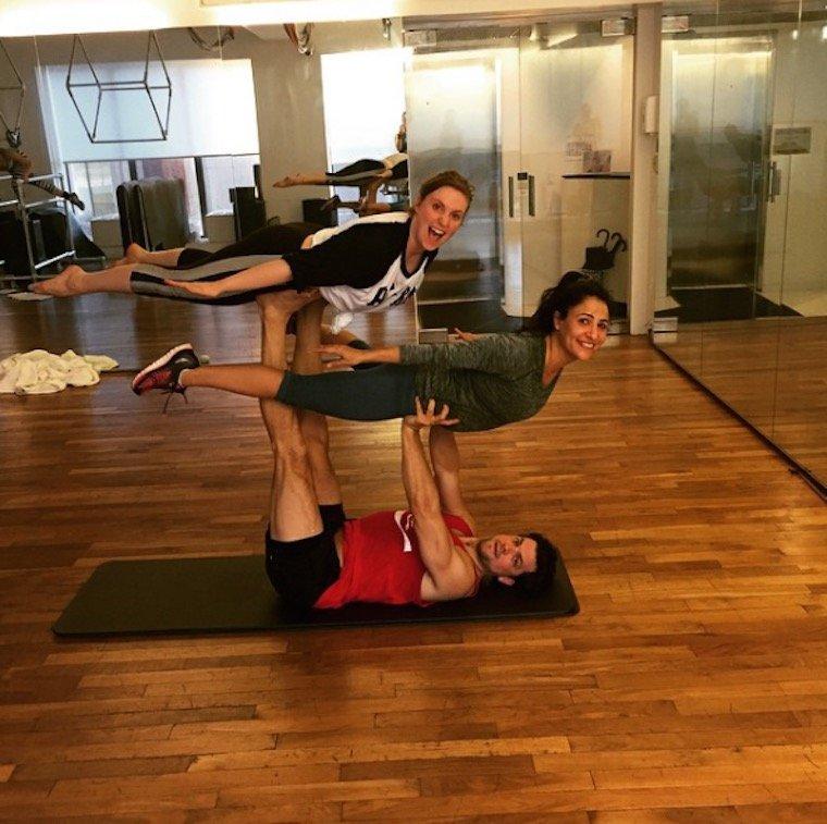 lena dunham yoga